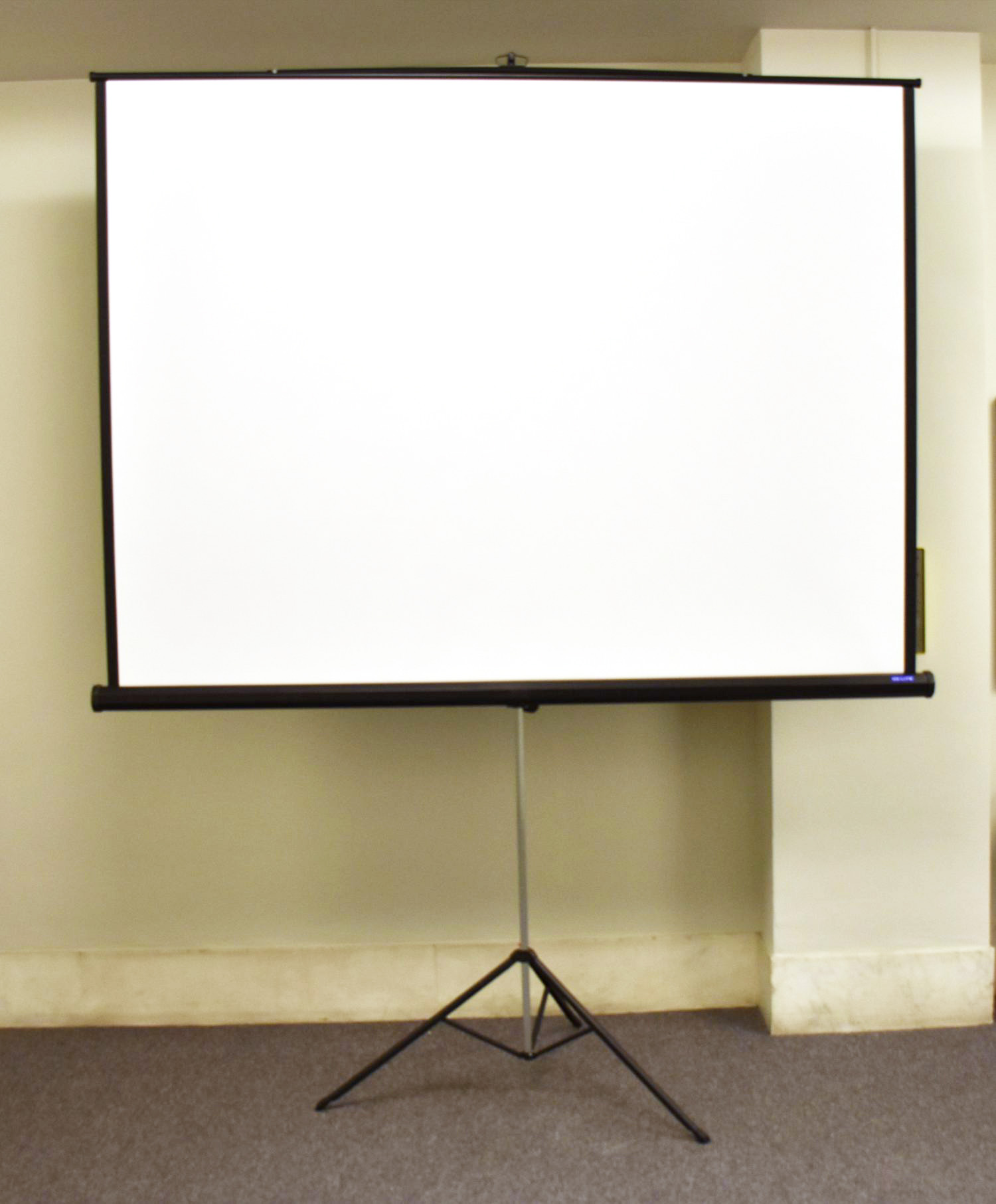 7-foot Screen
