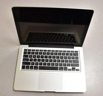 13″ Macbook Laptops
