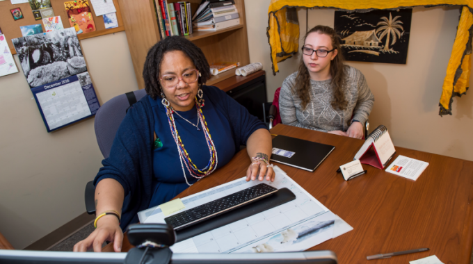 Faculty And Student Review Changes To How Cloud Storage At Pitt Is Changing From Box To OneDrive.